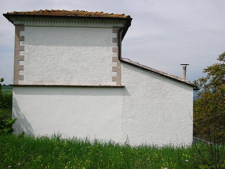 Ein Haus ohne Fenster und Türen Standard-Bild - 66428171