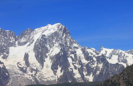the Mont Blanc chain in Summer Standard-Bild - 127530695