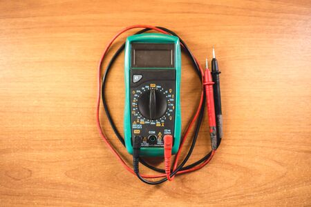 The photo of the device for measurement of current, resistance and tension of the electric circuit Stok Fotoğraf - 130512829