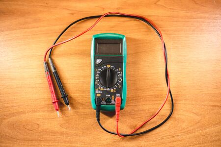 The photo of the device for measurement of current, resistance and tension of the electric circuit Stok Fotoğraf - 130512738