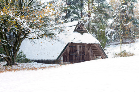 sheepfold: Sheepfold in the snow