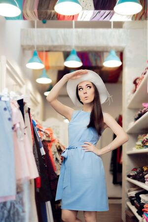 spender: Cute Summer Fashionista Girl in Fashion Store Stock Photo