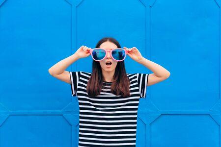 Funny Girl With Huge Party Glasses Celebrating Standard-Bild