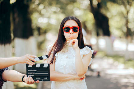 Funny Actress Forgetting her Line Filming Outdoors Stockfoto