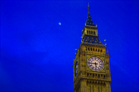 Big Ben clock, on dark blue sky Stock Photo - 18849378