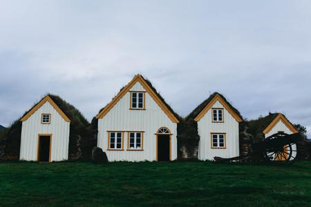 Architektur Kleine Hã¤User   Typische Kleine Hauser In Island Alte Architektur Mit