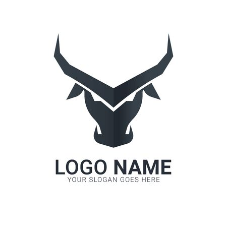 Black bull head silhouette.Modern bull logo design. Stock Illustratie