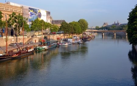 ile de la cite: Paris, France - July 23, 2013: Old Boats & Barges on The Seine River, Paris France.