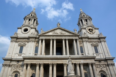 st  paul   s cathedral: St Paul s Cathedral Western End and Entrance, London