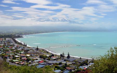 kaikoura: Panoramic view of tourist and Whale watching town Kaikoura, New Zealand  Stock Photo