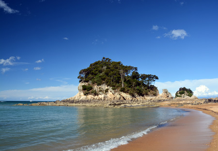 nelson: The golden sands   crystal clear water at Kaiteriteri beach, New Zealand with copy space