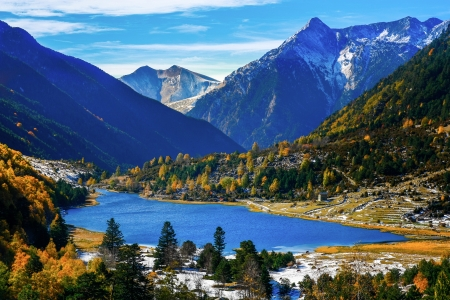 Lake in autumn mountains  Spain, Pyrenees  photo