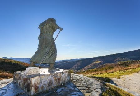 Backlighting of Monument to pilgrims on the Camino de Santiago,Lugo  Editorial