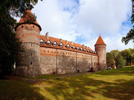teutonic: Teutonico castello a cavallo tra i secoli XIV e XV in Bytow, Polonia.