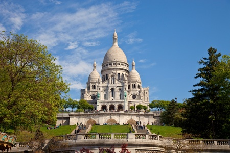 The famous basilica of Sacre-Coeur in Montmartre, Paris. photo