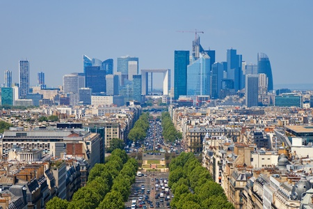 panoramic roof: The Avenue Charles de Gaulle and La Defense, Paris. Editorial