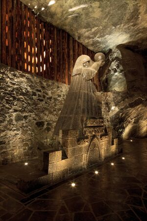Wieliczka Salt Mine operated continuously since the 13th century. Underground Mine has over 300 corridors and 300 chambers. Are arranged in nine levels, the  latter of which is located at a depth of 327 meters. In 1978, he entered on the UNESCO World Heri