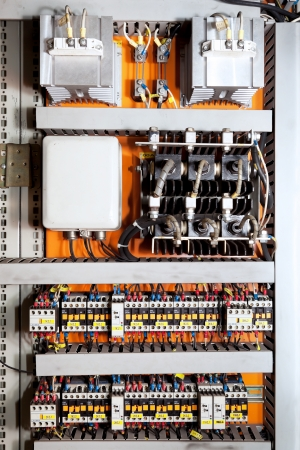 electric system: Electrical controls panel and switches