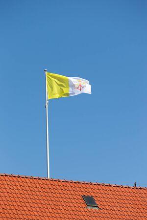 vatican city: Flying Flag of Vatican