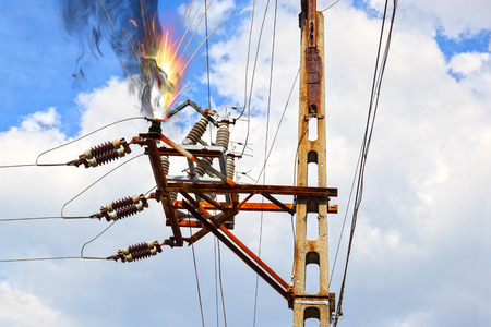 causing: Power pylon - overloaded electrical circuit causing electrical short