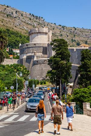croatia dubrovnik: Street scene with unknown tourists visitors charming city of Dubrovnik, Croatia.