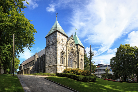 IGLESIA: Famoso Stavanger Domkirke una de las iglesias m�s antiguas de Noruega. Editorial