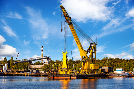 Huge floating crane at work in port of Gdansk, Poland. Reklamní fotografie