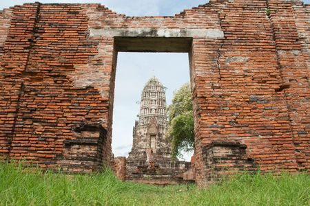 the Principle Stupa (Phraprang), Wat Ratchaburana Temple, Ayutthaya, Thailand