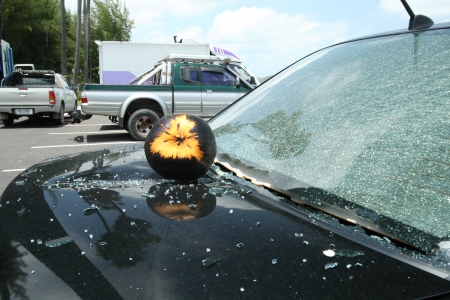 an accident from the coconut fall off to the car