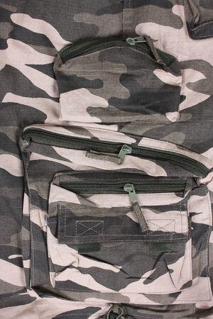 close-up pocket camoflage shorts