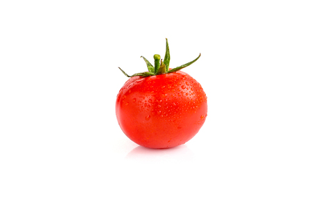 Fresh red tomato isolated on white background Banque d'images