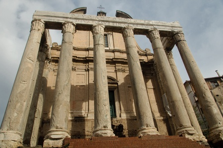 Temple inside the Roman forum in Rome, Italy Stock Photo - 19311081