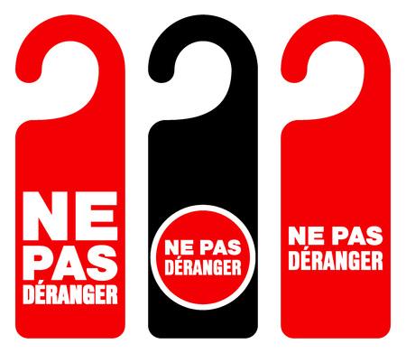 hacer: Conjunto de tres puertas de color rojo, negro y blanco colgar la etiqueta con signos de no molestar el texto como Deranger ne pas