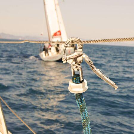 deportes nauticos: fragments and part of the deck yacht Foto de archivo