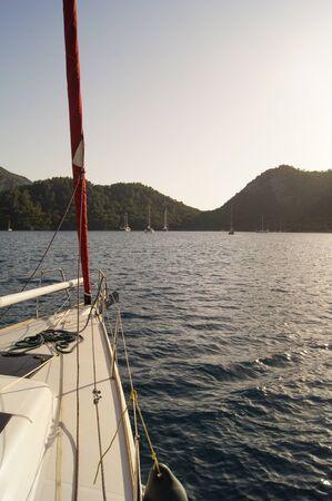 deportes nauticos: fragmentos y parte de la cubierta del yate Foto de archivo