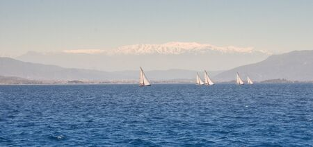 deportes nauticos: Regatta taking place in the Black Sea off the coast of Turkey Foto de archivo