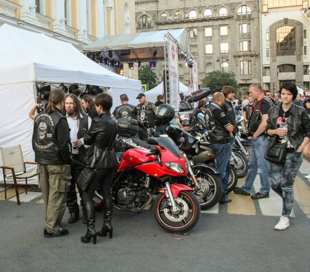 exhibition crowd: Bikers and biker from motorcycles. The annual summer bikers show in St. Petersburg Harley Davidson.