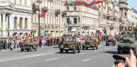 antiquity: Parade avtotehnikm antiquity. Holiday-action Immortal regiment taking place in St. Petersburg on Nevsky Prospect.