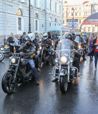 Arrived large group of bikers. The annual International Festival of Motor Harley Davidson in St. Petersburg Ostrovsky Square.
