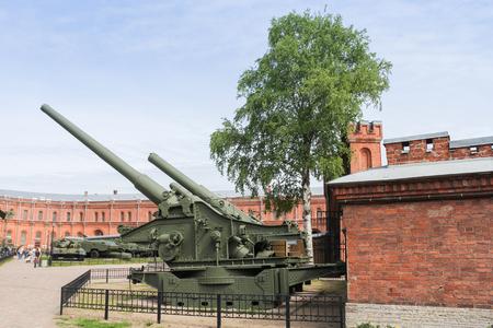 Long-range heavy howitzers. Military History Museum of combat equipment in St. Petersburg Petersburg.