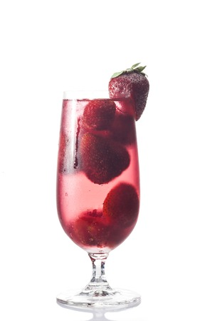 sweet vermouth: Glass of strawberry cocktail on a white background.