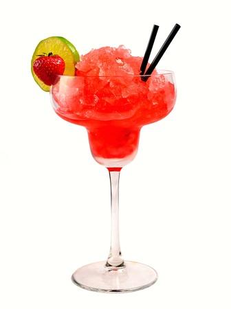 margarita cocktail: Fragola cocktail margarita su sfondo bianco Archivio Fotografico