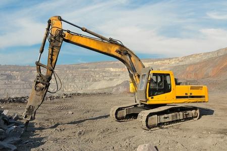 Pre�lufthammer: Gro�e Presslufthammer Smashing Felsen