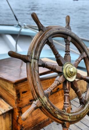 ruder: Lenkrad Segelboot Lizenzfreie Bilder