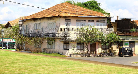 galle: Two-story historic building in Galle Fort