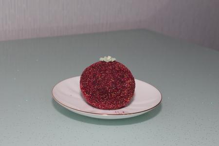 sprinkled: Cake potato sprinkled with sugar