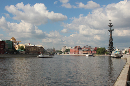 Moscow River between the Crimean and Prechistenskaya embankment