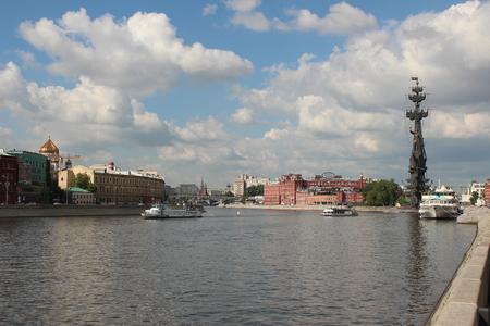 pleasure ship: Moscow River between the Crimean and Prechistenskaya embankment