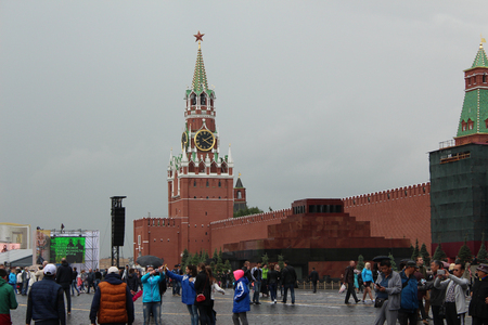 spasskaya: Moscow. Tourists on Red Square