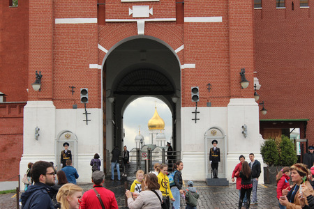 spassky: Open gate in the Spassky Tower. Moscow, Kremlin Editorial